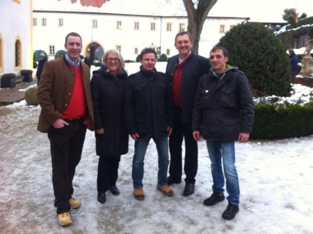 Die CSU Ahorntal organisierte den ersten Lichtmeßmarkt auf Schloß Adlitz.